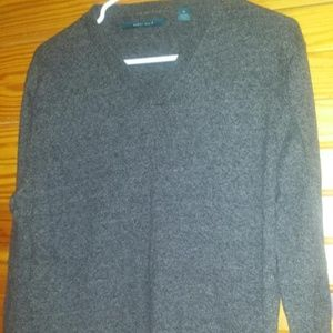 Men medium Perry Ellis sweater